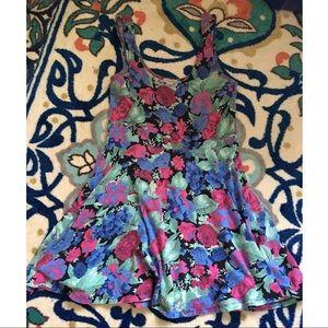 🦄 Spring Floral Dress 🦄